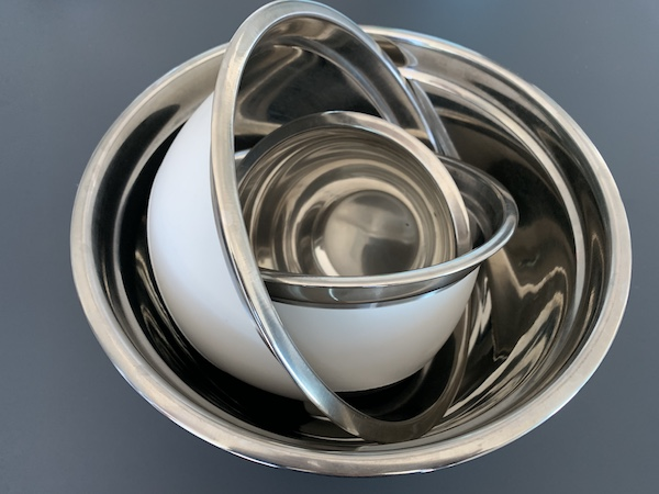 What is the Best Type of Mixing Bowl?